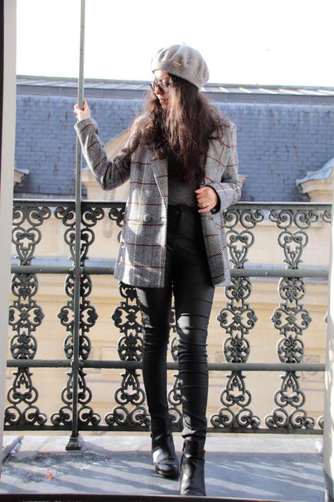 tenue complète avec une veste de blazer SAAJ et des pièces de chez C&A